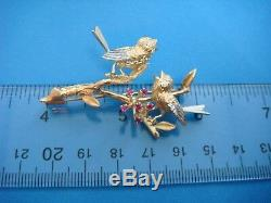 Adorable 2 Singing Love Birds 18k Yellow Gold Vintage Brooch, 10.1 Grams
