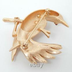 Crown Trifari C Golden'song-bird' Pink Cabochon Eye Mid-century Vtg Pin Brooch