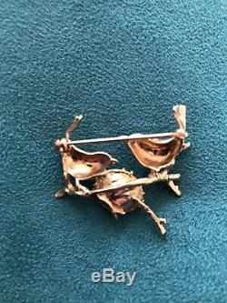 Estate vtg 14K gold pin pr birds withruby eyes & nest w cultured pearls brooch