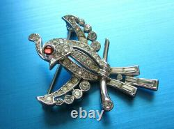 Gorgeous Vintage Crown Trifari Alfred Philippe Pave' Red Cab Eye Bird Brooch Th4