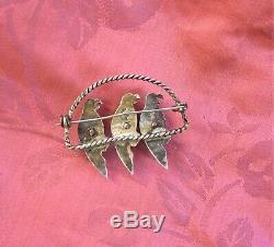 JGG Mexico 925 Silver 3 Parrots Brooch / Pin Green Stone Birds Novelty Vintage
