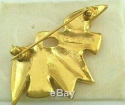 PI. Vintage Nina Ricci Dove Birds brooch gold tone signed