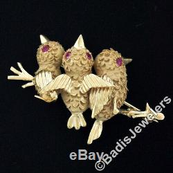 Vintage 14k Gold. 20ctw Ruby Textured Detailed 3 Birds on Tree Branch Pin Brooch