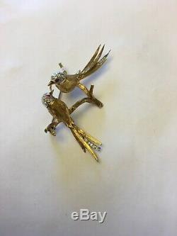 Vintage 18k Gold Diamond Kissing Birds Brooch Pin