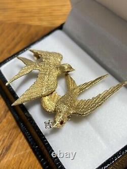 Vintage 18k gold mid century modern diamond and ruby swallow bird brooch pin