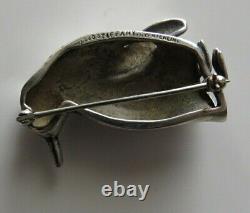 Vintage 1988 Tiffany & Co Heavy & Solid Sterling Silver Penguin Bird Pin Brooch