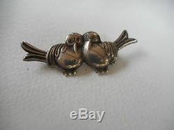 Vintage 40's Coro sterling silver sweet pair of hugging birds brooch, marked