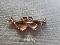 Vintage Coro sterling silver sweet pair of hugging birds brooch, marked