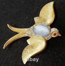 Vintage Crown TRIFARI Alfred Philippe Moonstone Glass RS Swallow Bird Brooch