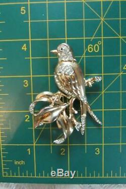 Vintage Crown Trifari Bird Pin Brooch Figural c. 1942 Alfred Philippe Pin