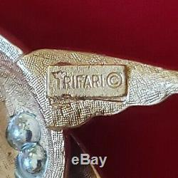 Vintage Crown Trifari Signed Gold Tone Blue / White Bird Brooch Original Label