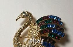 Vintage Figural Bird Heron GIORGIO Duchess of Windsor Swarovski Crystal Brooch