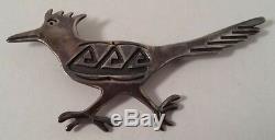 Vintage Southwestern Sterling Silver Running Bird Pin Brooch