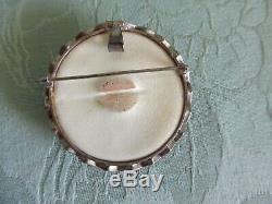 Vintage/antique Satsuma Brooch/pendant Flower & Birds Design 2 (5 Cm.) Dia