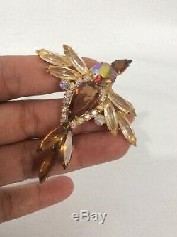Vtg Juliana D& E Iridescent Amber Rhinestone Bird gold tone pin brooch